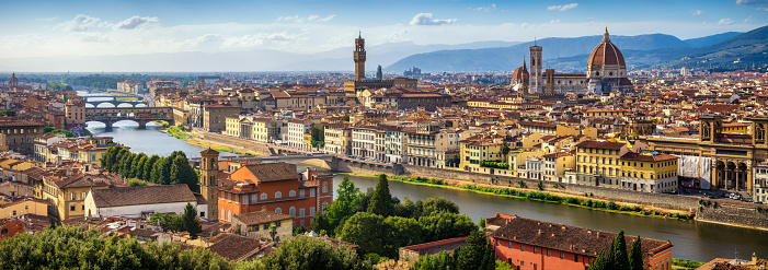 Cathedral「panoramic view of Florence Skyline at Sunset. Italy」:スマホ壁紙(2)