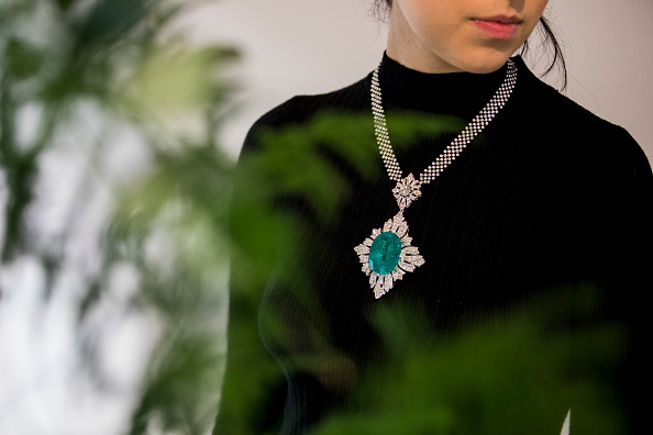 Necklace「Sotheby's Rostropovich And Vishnevskaya」:写真・画像(12)[壁紙.com]