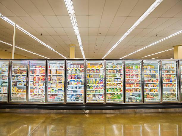 Frozen section of grocery store:スマホ壁紙(壁紙.com)