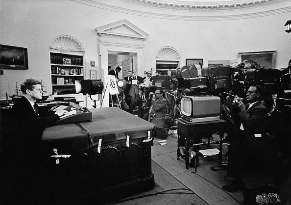Crisis「John F Kennedy」:写真・画像(7)[壁紙.com]