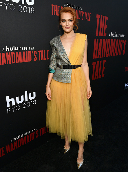 "Emma McIntyre「""The Handmaid's Tale"" Hulu Finale」:写真・画像(9)[壁紙.com]"