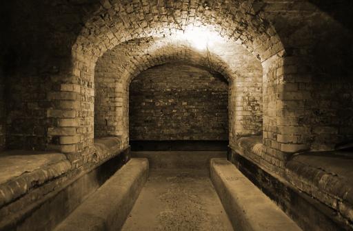 Basement「World War II British underground bunker」:スマホ壁紙(9)