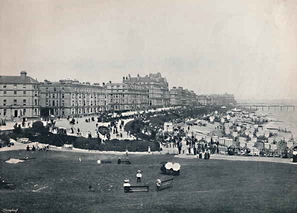 General View「Eastbourne - General View From The Wish Tower」:写真・画像(13)[壁紙.com]