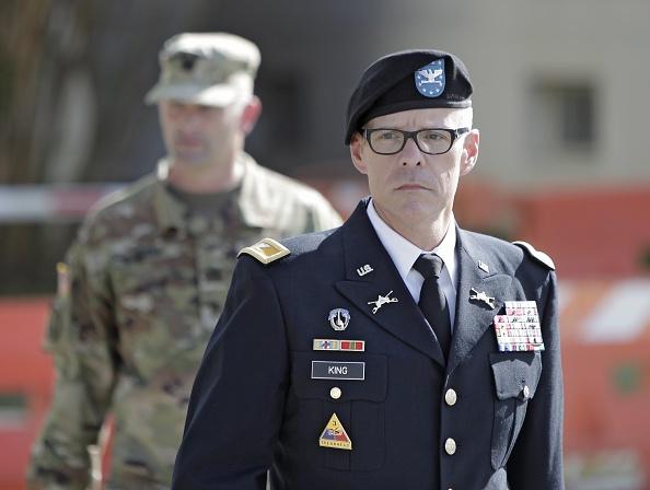 Daniel Gi「Army Holds Article 32 Preliminary Hearing In Bowe Bergdahl Desertion Case」:写真・画像(4)[壁紙.com]