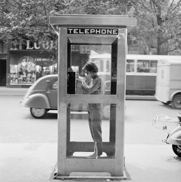 Paris - France「Telephone Booth」:写真・画像(16)[壁紙.com]