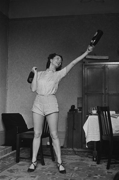 One Woman Only「Home Gymnasium」:写真・画像(16)[壁紙.com]