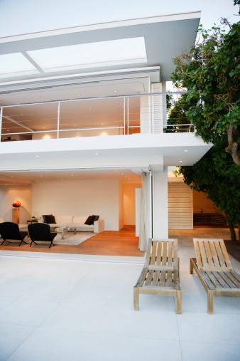 Deck Chair「Elegant living room and patio of modern house」:スマホ壁紙(10)