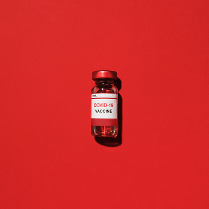Colored Background「Studio shot of vial with Covid-19 vaccine」:スマホ壁紙(10)