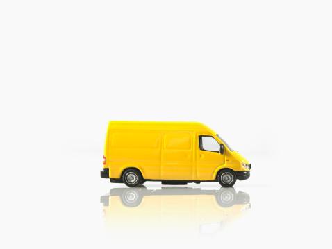 Van - Vehicle「Studio shot of toy car」:スマホ壁紙(17)