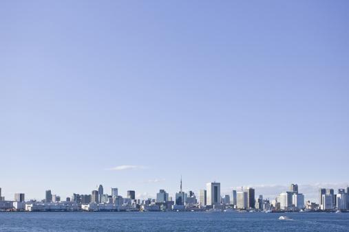 Shinbashi - Tokyo「Blue Sky Over Tokyo Skyline」:スマホ壁紙(14)