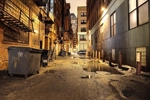 Alley「Urban Street at Night」:スマホ壁紙(2)