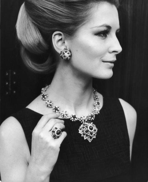 Jewelry「Sandra Paul」:写真・画像(13)[壁紙.com]