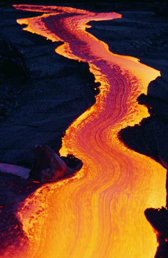 Volcano「River of Lava」:スマホ壁紙(3)