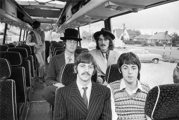 1967「Beatles Bussing It」:写真・画像(1)[壁紙.com]