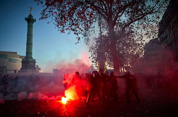 Paris - France「Demonstration Against Global Security Law In Paris」:写真・画像(15)[壁紙.com]