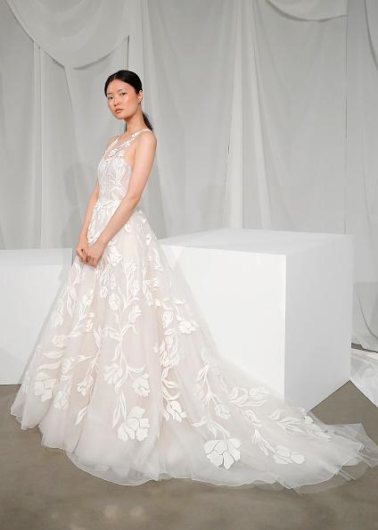 Wedding Dress「Amsale Fall 2020」:写真・画像(7)[壁紙.com]