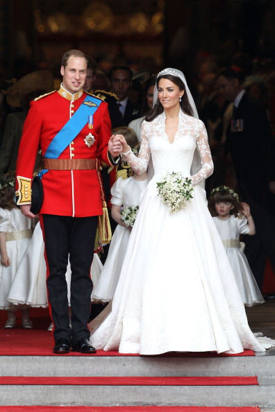 Sarah Burton for Alexander McQueen「Royal Wedding - Carriage Procession To Buckingham Palace And Departures」:写真・画像(7)[壁紙.com]