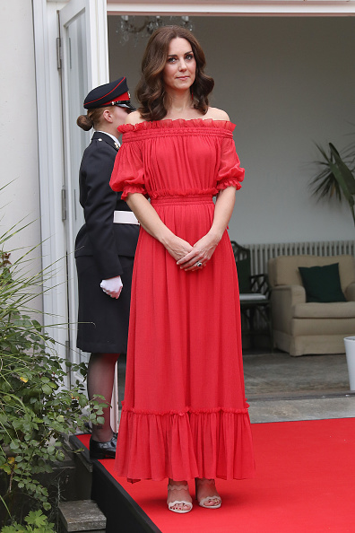 Red Dress「The Duke And Duchess Of Cambridge Visit Germany - Day 1」:写真・画像(0)[壁紙.com]