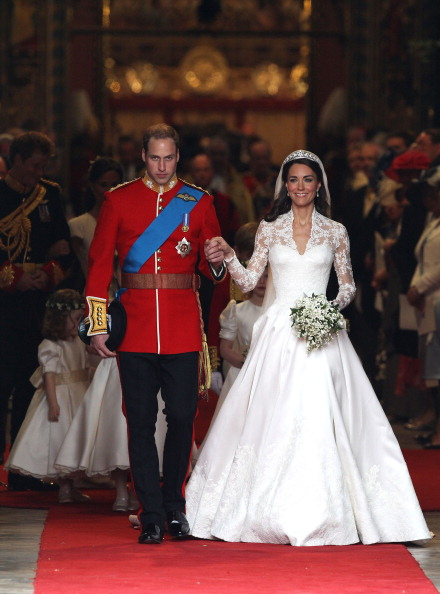 Sarah Burton for Alexander McQueen「Royal Wedding - Carriage Procession To Buckingham Palace And Departures」:写真・画像(8)[壁紙.com]