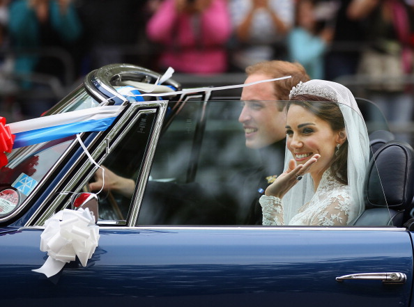 Royal Wedding of Prince William and Catherine Middleton「Newlywed Royals Leave Wedding Reception」:写真・画像(18)[壁紙.com]