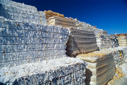 Lumber Industry「Bales of Paper Ready for Recycling」:スマホ壁紙(13)
