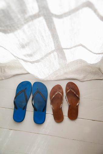Flip-Flop「His and hers flip flops」:スマホ壁紙(5)