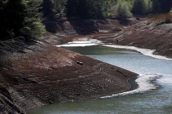 Fisherman「Marin County First In California To Issue Water Use Restrictions To Combat Current Drought」:写真・画像(15)[壁紙.com]