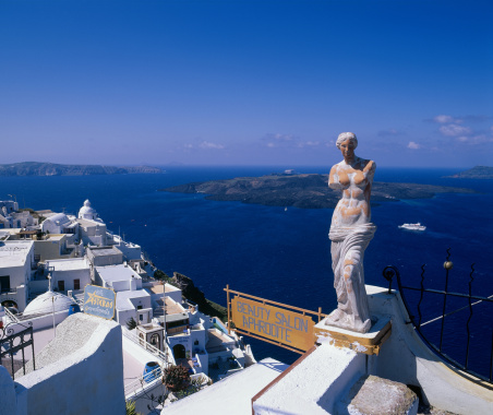 God「Statue of Aphrodite, Santorini, Greece」:スマホ壁紙(14)