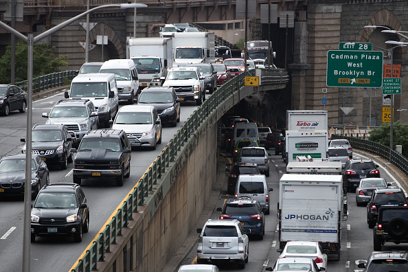 Traffic「Fourth Of July Holiday Weekend Travel To Be Busiest In At Least 16 Years」:写真・画像(0)[壁紙.com]