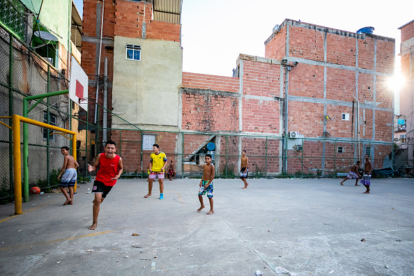Sports Activity「A Sunny Saturday in the Outskirts of Rio During the Coronavirus (COVID - 19) Pandemic」:写真・画像(1)[壁紙.com]