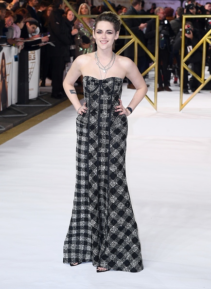 "Necklace「""Charlies Angels"" UK Premiere - Red Carpet Arrivals」:写真・画像(1)[壁紙.com]"