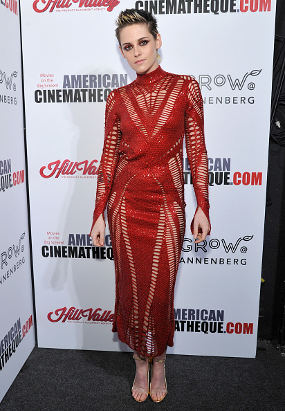 Crochet「31st American Cinematheque Award Presentation Honoring Amy Adams Presented by GRoW @ Annenberg. Presentation Of The 3rd Annual Sid Grauman Award Sponsored By Hill Valley. Presented To Richard Gelfond And Greg Foster On behalf Of IMAX」:写真・画像(2)[壁紙.com]