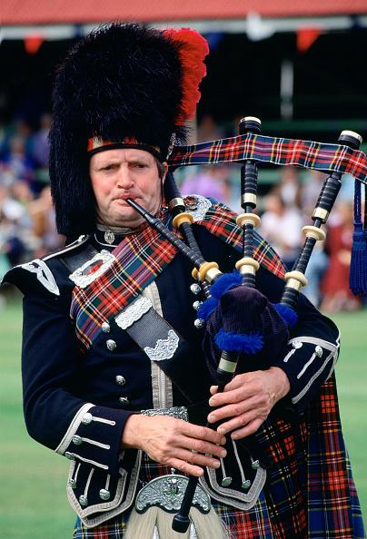 Bagpipe「Bagpipe Player, Braemar Games, Scotland」:写真・画像(14)[壁紙.com]