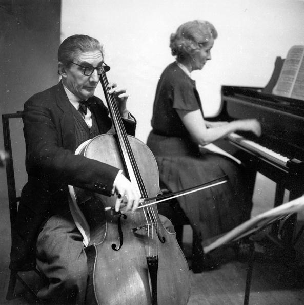 Erich Auerbach「Barbirolli Duet」:写真・画像(10)[壁紙.com]