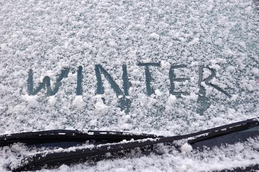 Single Word「Winter written on a snow covered window」:スマホ壁紙(3)