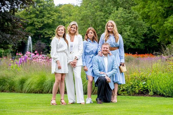 Dutch Royalty「Dutch Royal Family Summer Photosession」:写真・画像(1)[壁紙.com]