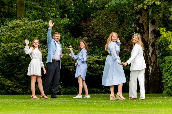 Dutch Royalty「Dutch Royal Family Summer Photosession」:写真・画像(0)[壁紙.com]