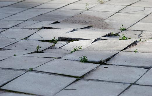 Destruction「Earthquake effects on sidewalk」:スマホ壁紙(14)