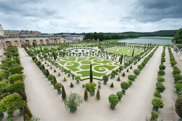 Flowerbed「Orangerie Ground Floor Of Versailles」:写真・画像(1)[壁紙.com]
