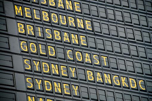 Identity「Australian Departure Board」:スマホ壁紙(18)