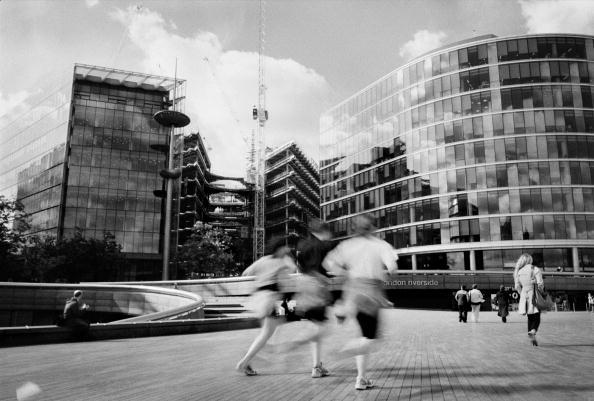Blurred Motion「More London」:写真・画像(3)[壁紙.com]