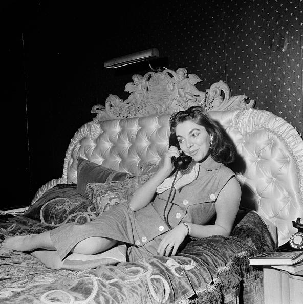 Fame「At Home With Joan」:写真・画像(11)[壁紙.com]