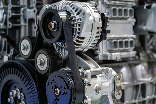 Electric Motor「Car engine partial close-up」:スマホ壁紙(17)