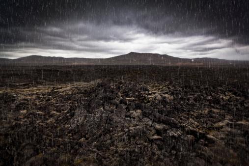 Lava Plain「Raining on lava-geothermal region」:スマホ壁紙(9)