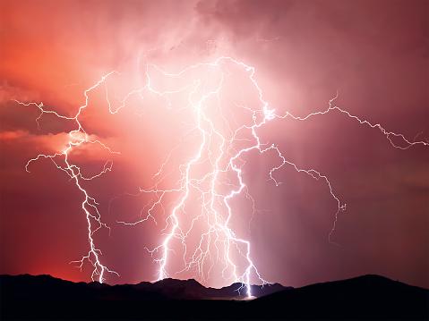 Forked Lightning「Lightning storm, Arizona, America, USA」:スマホ壁紙(17)
