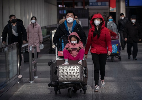 Airport「Concern In China As Mystery Virus Spreads」:写真・画像(14)[壁紙.com]