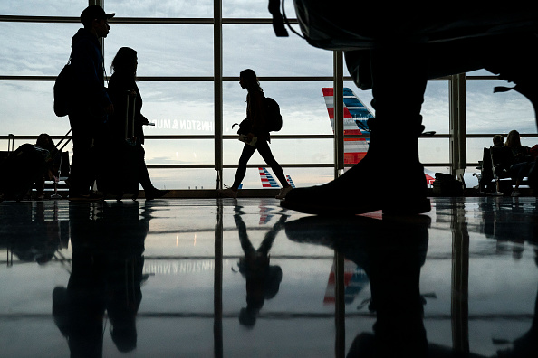Travel「Holiday Travelers Hit The Road And Take To The Skies For The Thanksgiving Holiday」:写真・画像(8)[壁紙.com]