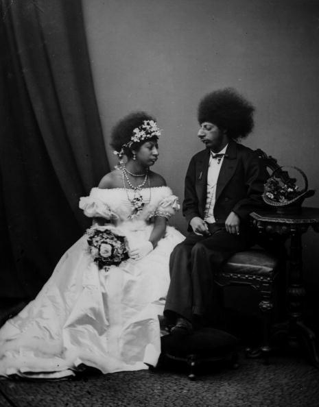 Wedding Dress「Aztec Couple」:写真・画像(4)[壁紙.com]