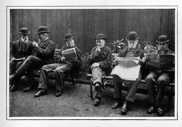 Bench「In the airing yard, St Marylebone Workhouse, Luxborough Street, London, c1901 (1903)」:写真・画像(7)[壁紙.com]