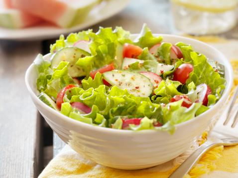 Mayonnaise「Garden Salad at a Picnic」:スマホ壁紙(3)